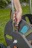 Тележка для шланга AquaRoll L ErgoPlus с рукояткой из мягкого пластика и направляющей для шланга Gardena 18520-20.000.00 - фото